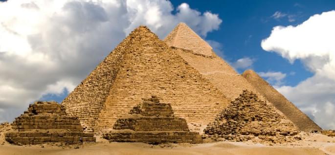Egyptian Arabic language, pyramids of giza