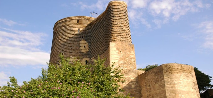 Azerbaijani language, Maiden Tower