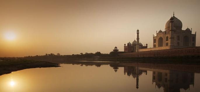 Sanskrit, Taj Mahal